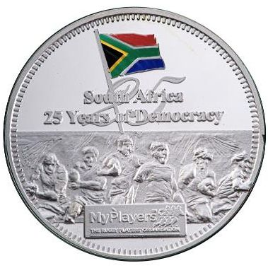 CM-INVICTUSE Ounce Silver medallion 25 years_c
